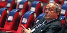 Michel Platini, fragilisé par sa suspension, reste déterminé à briguer le titre de président de la Fifa, et veut laver son nom.