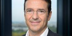 Marc Jalabert, le directeur de la division Grand Public de Microsoft France, détaille pour La Tribune la nouvelle stratégie du groupe pour concurrencer Apple et Google.