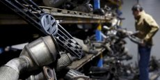 Les constructeurs automobiles invités à préciser leurs initiatives après le scandale Volkswagen.