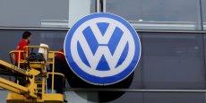 L'affaire des moteurs diesel truqués pourrait coûter plusieurs dizaines de milliards d'euros au géant allemand de l'automobile.
