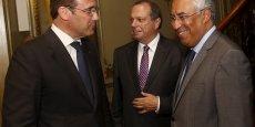 Le premier ministre sortant, Pedro Pessos Coelho (à gauche) et le leader du PS Antonio Costa (à droite) n'ont pas réussi à trouver de solutions majoritaires pour former un gouvernement au Portugal.