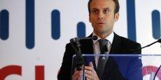 Emmanuel Macron prépare une loi intitulée « les nouvelles opportunités économiques » (Photo: Emmanuel Macron, ministre de l'Economie, le 8 octobre 2015, en visite dans les bureaux du géant des réseaux Cisco à Issy-les-Moulineaux)