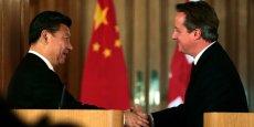 Au-delà des contrats, David Cameron s'est félicité de la coopération croissante des deux pays dans le domaine financier, la Chine désirant s'appuyer sur le pôle de la City de Londres pour entre autres renforcer le caractère international de sa monnaie, le renminbi.