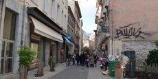 Les commerçants dénoncent le manque de propreté du centre-ville et demandent à la ville des actions concrètes.