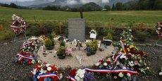 Un an après le crash d'un A320 de Germanwings, délibérément précipité au sol par son co-pilote le 24 mars 2015, plusieurs centaines de personnes sont attendues à proximité du lieu du drame au Vernet (Alpes-de-Haute-Provence) pour un hommage aux 149 victimes.