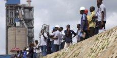 Dangote Cement, l'un des symboles de la vigueur des lions africains, a construit plusieurs usines capables de porter sa production annuelle à 18,5 millions de tonnes chaque année, trois fois plus que ses principaux concurrents internationaux.
