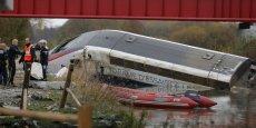 En juillet et août 2016, l'enquête judiciaire alors en cours avait mis en évidence une vitesse excessive comme cause unique du déraillement du TGV, tombé dans un canal en Alsace après avoir abordé à 265 km/h une courbe où la vitesse était prévue à 176 km/h. Ce premier déraillement mortel dans l'histoire du TGV avait fait 11 morts et 42 blessés parmi les 53 personnes qui se trouvaient à bord.