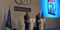 Antalya, ce dimanche 15 novembre, au International Media Center. Conférence de presse commune de Jean-Claude Juncker, président de la Commission européenne et de Donald Tusk, à la tête du Conseil européen.