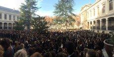 Des milliers de personnes se sont rassemblées ce lundi à midi un peu partout dans la région comme ici à l'université Lyon 2