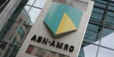 Environ 20% du capital de la banque a été mis sur les marchés vendredi pour une valeur initiale de 17,75 euros par action à la Bourse d'Amsterdam, valorisant la banque à 16,7 milliards d'euros.