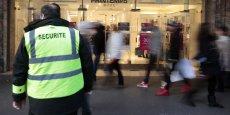 Les mesures visant à renforcer la sécurité à Paris ont été adoptées ce lundi, mais l'opposition les juge bien insuffisantes.