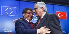 Ce sommet ne nous amènera pas à oublier les divergences qui subsistent encore avec la Turquie sur les droits de l'homme ou la liberté de la presse, nous y reviendrons, a prévenu Jean-Claude Juncker.