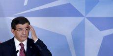 Aucun Premier ministre turc, aucun président, aucune autorité ne s'excusera, a déclaré M. Davutoglu après avoir rencontré le secrétaire général de l'Otan, Jens Stoltenberg, à Bruxelles.