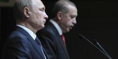 Vladimir Poutine et Recep Tayyip Erdogan en conférence de presse le 1er décembre 2014 à Ankara. Ils annoncent la suspension du projet énergétique South Stream.