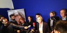 Virginie Calmels s'exprimant à sa permanence de campagne