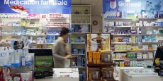 Pour l'ensemble des produits de santé achetés en pharmacie sans ordonnance, qui inclue des dispositifs médicaux et des compléments alimentaires, les ventes ont atteint 3,7 milliards d'euros en 2015 (+6,4% sur un an).