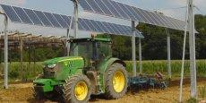 Les dispositifs de panneaux solaires seront plantés préalablement à la vigne sur le domaine de Nidolères, dans les Pyrénées-Orientales.