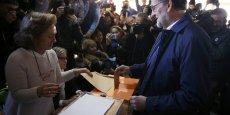 A 60 ans, le conservateur Mariano Rajoy, au pouvoir depuis fin 2011, demande à l'Espagne de le réélire, afin d'appliquer la même politique économique centrée sur la maîtrise des dépenses et la croissance.