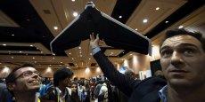 Lors de l'ouverture du CES, Parrot effectue une démonstration d'un de ses drones.