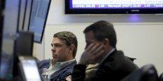 Il s'agit de la pire première semaine que Wall Street ait connue : le Dow Jones et le S&P-500 ont enregistré respectivement 6,2% et 6% de baisse. L'indice Nasdaq Composite a lui cédé 7,3%.