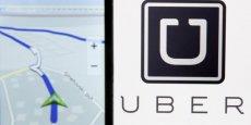 Des dizaines de milliers de Français choisissent de devenir chauffeur professionnel indépendant: c'est le cas des VTC comme de la quasi-totalité (90%) des taxis parisiens, fait valoir Uber.