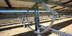 Les trackers équiperont trois centrales construires sur un terrain désertique.
