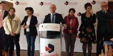Jean-Luc Gleyze accompagné d'élus du Conseil départemental de la Gironde