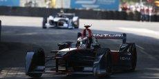 Jacques Villeneuve et l'écurie monégasque Venturi se séparent par consentement mutuel.