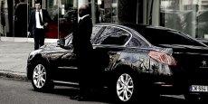 La majorité de ces chauffeurs sont des indépendants. Qu'il s'agisse d'Uber, de Marcel Chauffeur, de Le Cab ou encore de G7 ou Taxis Bleus, les plateformes parlent de chauffeurs partenaires. Ceux-ci ne sont pas salariés mais travaillent à leur compte. Seuls les chauffeurs occasionnels de l'application mobile française Heetch sont des particuliers, comme l'étaient ceux du service UberPop, qu'Uber a suspendu l'été dernier.