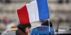 Manuel Valls a annoncé aux taxis qu'une politique de contrôle pluridisciplinaire, pilotée par les préfets, serait mise en oeuvre dès la semaine prochaine dans les 12 départements les plus concernés par la concurrence déloyale.