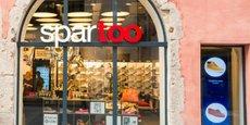 Spartoo a ouvert son premier magasin physique en 2015 et en compte une douzaine, à Grenoble (photo), Clermont-Ferrand, Besançon, etc. Le site va reprendre les 120 magasins à l'enseigne André.