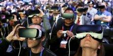 Les participants à la conférence de Samsung, dimanche à Barcelone, disposaient tous d'un casque de réalité virtuelle.