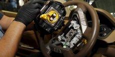 L'Agence américaine de la sécurité routière (NHTSA) a reconnu en novembre que le nitrate d'ammonium contenu dans les airbags de Takata est un facteur entrant en ligne de compte dans les explosions d'airbags, qui ont entraîné sept décès et près de cent blessures aux Etats-Unis.