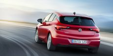 Une Opel Astra.