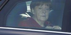 Angela Merkel a subi une cinglante défaite qui remet en cause sa méthode.