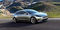 Le prix de base du nouveau véhicule de Tesla grimpe à 35.000 dollars, soit 30 700 euros environ.