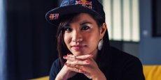 La joueuse française Kayane, championne du monde de Super Street Fighter IV, détient aussi le record du monde du nombre d'occurrences dans le Top 3 des compétitions de jeux de combat, selon le Guiness des record 2012