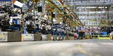 Une ligne d'assemblage dans l'usine SevelNord à Hordain.