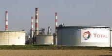 Laurent Michel, chef de la Direction générale de l'énergie et du climat (DGEC) a évoqué auprès de l'AFP une trentaine de jours de stocks commerciaux pour les entreprises