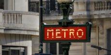 Dès juin 2020, le carnet de tickets de métro traditionnel ne sera plus vendu en Ile-de-France. Il passera soit en offre mobile sur smartphone, soit sur des cartes.