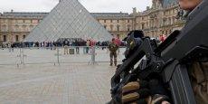 Sept attentats ont été déjoués depuis le début de l'année, dont deux grâce à des perquisitions administratives, déclare le ministre de l'Intérieur.