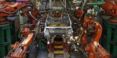 Adidas envisage à terme de construire d'autres usines robotisées au Royaume-Uni ou en France.