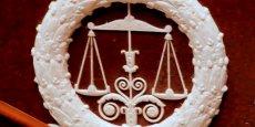 Le tribunal correctionnel de Paris a renvoyé le procès de l'application mobile Heetch et de ses deux fondateurs Mathieu Jacob et Teddy Pellerin à décembre, à cause du nombre trop important de taxis qui souhaitaient se porter parties civiles à l'audience.
