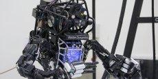 Sur un champ de bataille, les robots peuvent parfaitement s'inscrire dans la doctrine des 3D (dirty, dull and dangerous, soit en français : pénible, sale et dangereux).