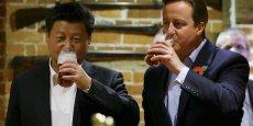 Le président chinois Xi Jinping et le Premier ministre britannique David Cameron en octobre 2015.