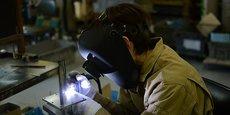 L'industrie manufacturière enregistre une croissance de 12,9 % en Savoie, de 7,2 % dans l'Ain et de 6,4 % dans la Drôme.