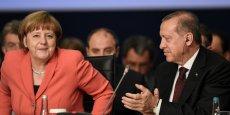 Angela Merkel et Recep Tayyip Erdogan au premier Sommet humanitaire mondial à Istanbul le 23 mai.