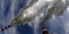 Les quotas de CO2 étaient achetés à l'étranger avant d'être revendus en France. (Ici la centrale à Charbon de Belchatow, en Pologne, longtemps l'un des plus polluantes d'Europe).