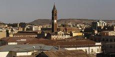 Dans la capitale Asmara, d'apparence tranquille (ici la Cathédrale Saint Joseph, sur l'avenue de la Libération), le président Isaias Afwerki dirige le pays d'une main de fer depuis 1993.
