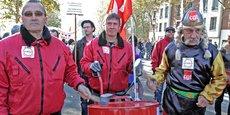 Des anciens salariés de Molex lors d'une manifestation en 2010.